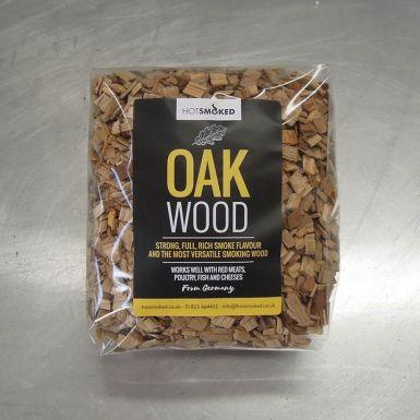 Oak wood smoking chips